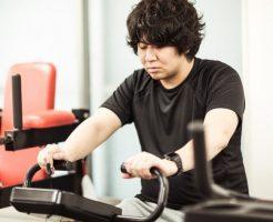 【雨で練習不足】屋内でも筋持久力を強化できるランニングメニュー